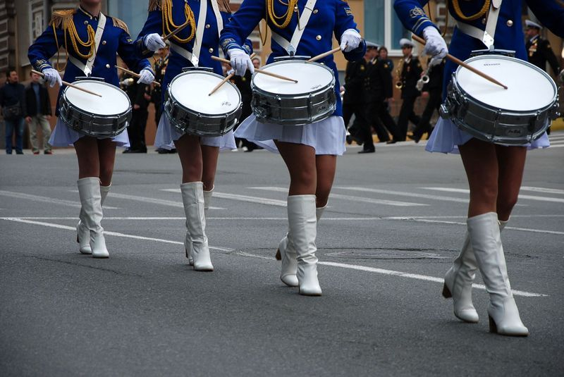 Барабанщицы Владивостока  и замечательные ножки